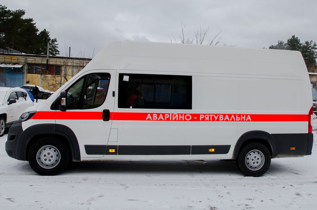 Rescue vehicle for diving and rescue