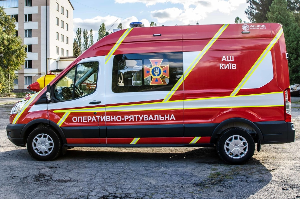 The car of the headquarters of the Kyiv City State Automobile Inspectorate (AS)